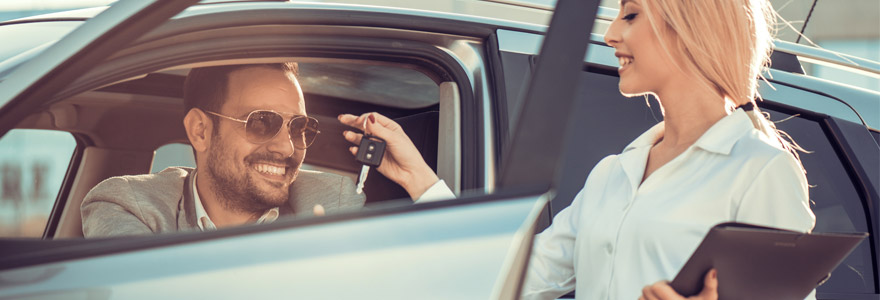 rent or hire a car in the UK